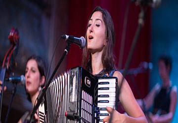 Esta quinta-feira, Sevana Tchakerian atua no Festival Sete Sóis Sete Luas