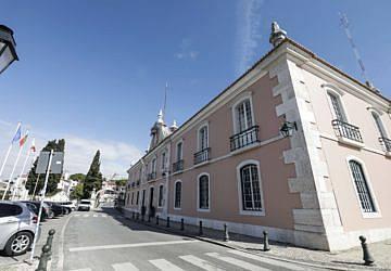 Câmara Municipal aprova protocolo para avançar com o metro de superfície