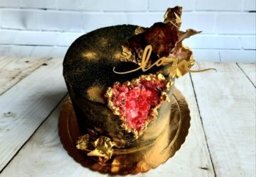 A Keep Sugar entrega em casa os bolos e doces mais bonitos