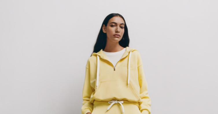 Sweatshirt (25,95€)