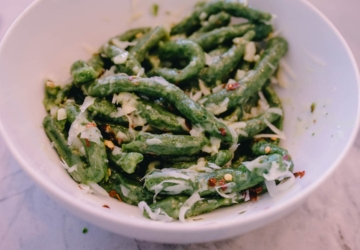 A massa viral italiana que pôs toda a gente a comer espinafres